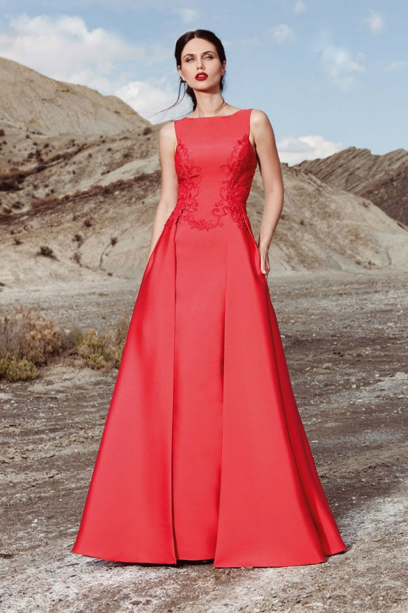 βραδινo φορεμα κοκκινη τουαλετα atelier tsourani