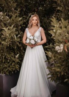 atelier tsourani bridal μεταξωτη μουσελινα με δαντελα κηπουρ