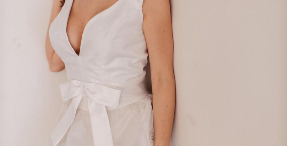 atelier tsourani bridal οργαντζα Γαλλιας κεντητη με σατεν μεταξωτο κορσαζ